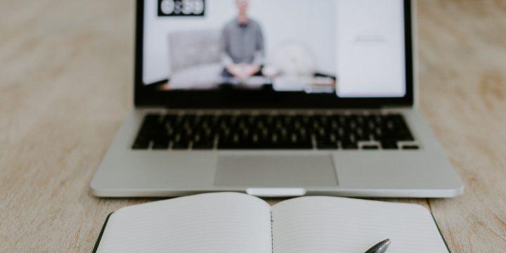 9 avantaje și 9 dezavantaje ale serviciilor de psihoterapie online